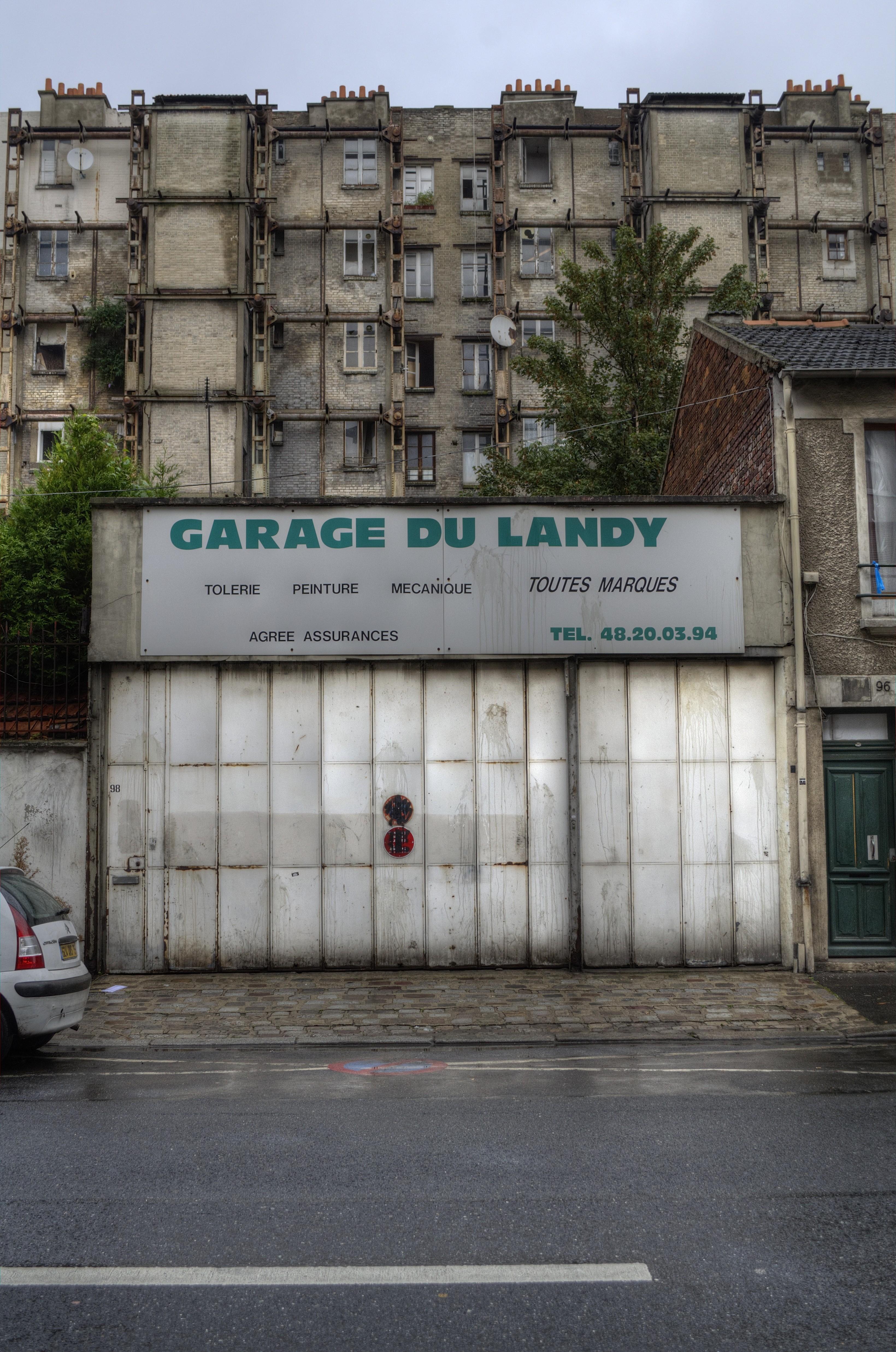 garage du landy st denis 15481858176 o les myst res de paname. Black Bedroom Furniture Sets. Home Design Ideas